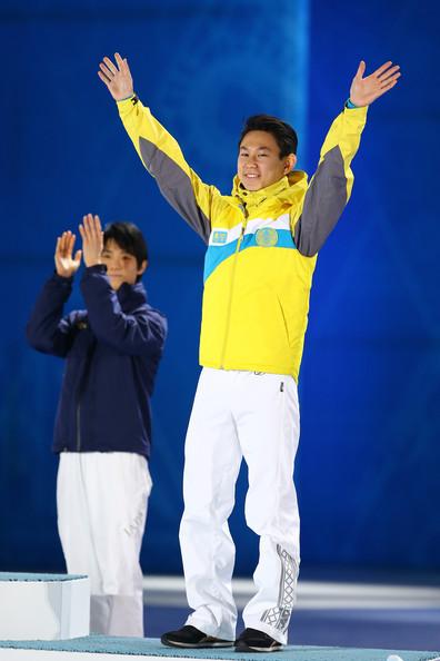 Denis+Ten+Medal+Ceremony+Winter+Olympics+Day+PBIleHVNUiGl