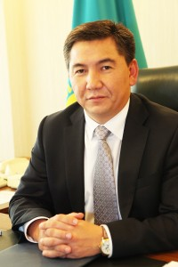 Minister of Education and Science Aslan Sarinzhipov